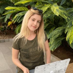 $1K Blogger by Lidiya Kesarovska